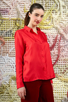 Red shirt in silk   image